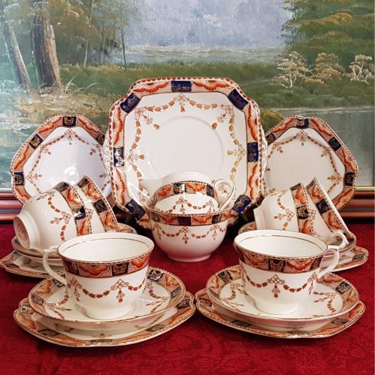 Colclough Imari (4995) Tea Set