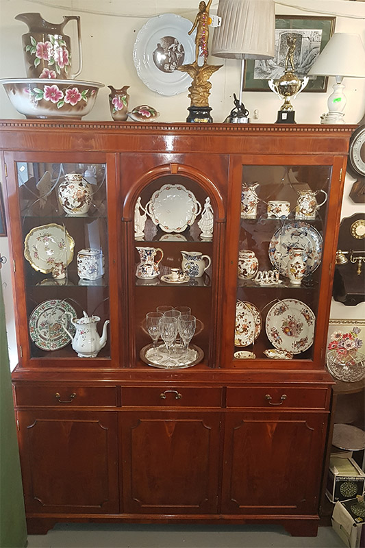 Fareny Antiques